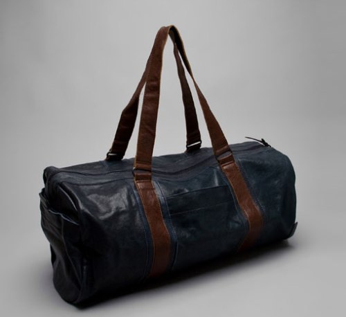 property-of-dan-trip-travel-bag-ss-2009-main